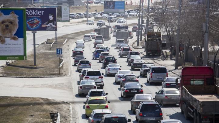 Новосибирцы бросились брать кредиты на новые машины