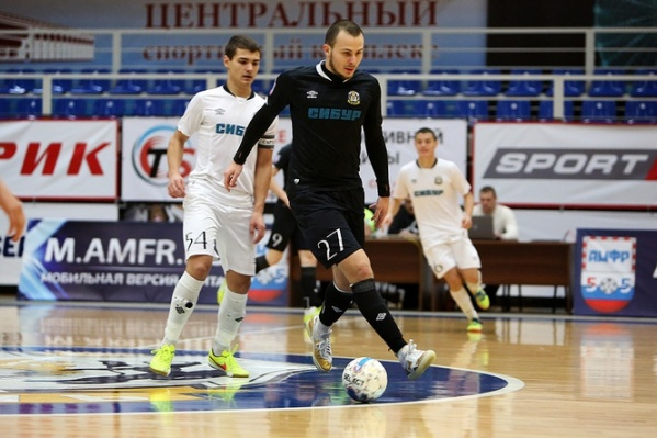 Раньше нападающий играл за МФК «Тюмень»