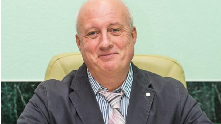 «Преподаватель без профессорской короны»: что известно об уличенном во взятке докторе наук из ОмГМУ