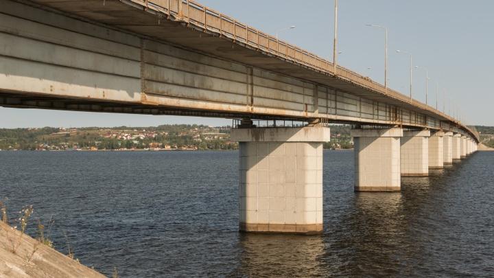В Перми в ночь с 25 на 26 июня закроют движение на Чусовском мосту