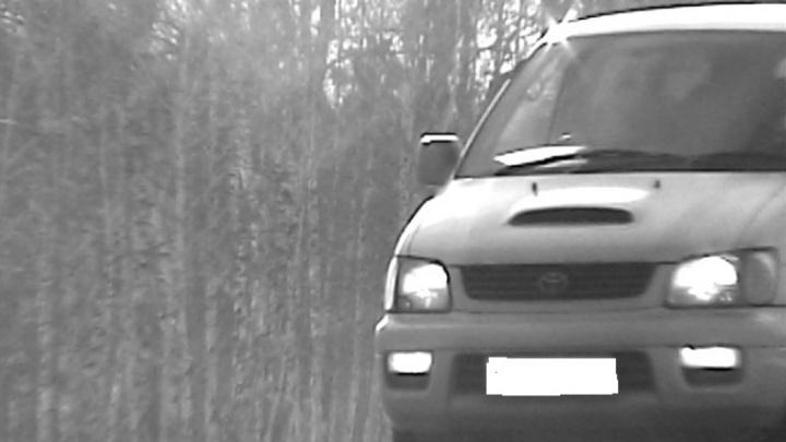 Автомобили-двойники ездили по курганским дорогам: водителей задержали сотрудники ГИБДД