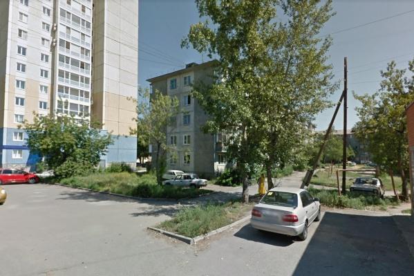 Речь идёт об участке улицы от первого до девятого дома