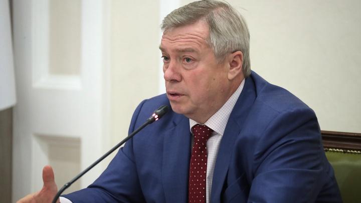 Колыхание донского губернатора: как менялся рейтинг Василия Голубева в 2018 году
