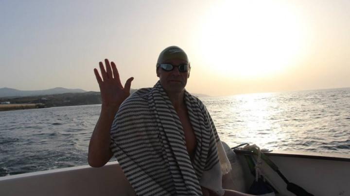 «Вышел на пробежку и упал»: екатеринбургский пловец, преодолевший 30 км в открытом море, скончался
