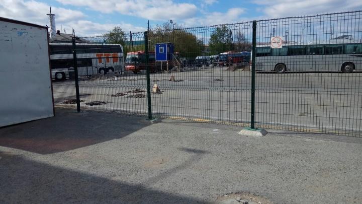 В Екатеринбурге из-за бесхозных сумок возле касс эвакуировали Северный автовокзал