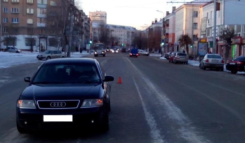 Женщина переходила дорогу буквально в пятидесяти метрах от светофора у КЦ «Академия»