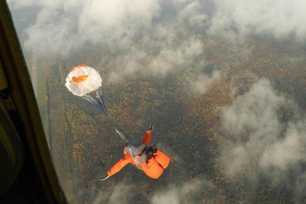 Для борьбы с лесными пожарами используется авиация
