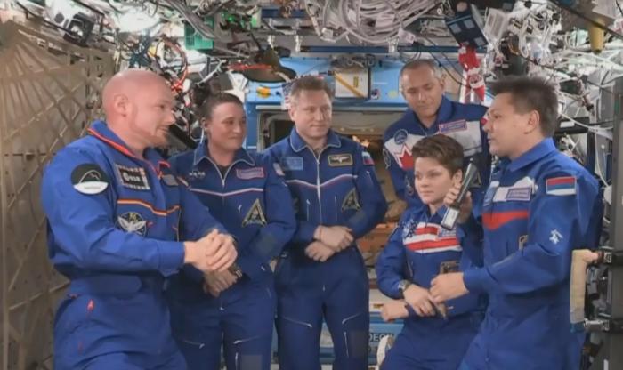Вместе с командиром второго экипажа Сергей Прокопьев выходил в открытый космос
