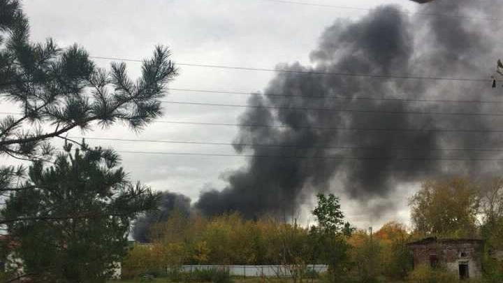 Уфимцев напугал густой черный дым над нефтезаводом