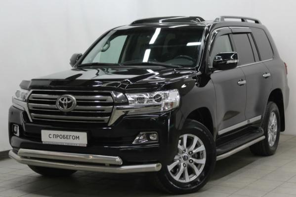 Toyota Land Cruiser 2015 года оценивается в 3,4 миллиона рублей