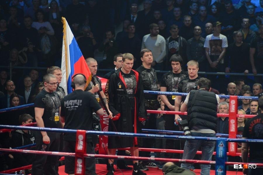 Андрей Рябинский: «Поветкин проведет один-два боя ибудет заканчивать карьеру»