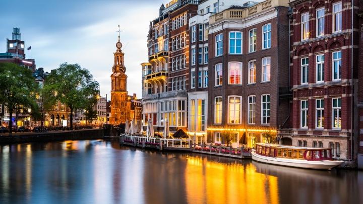 Амстердам: красные фонари, желтые тюльпаны и зеленые берега