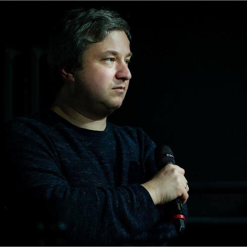 Антон Долин также возглавляет журнал «Искусство кино»
