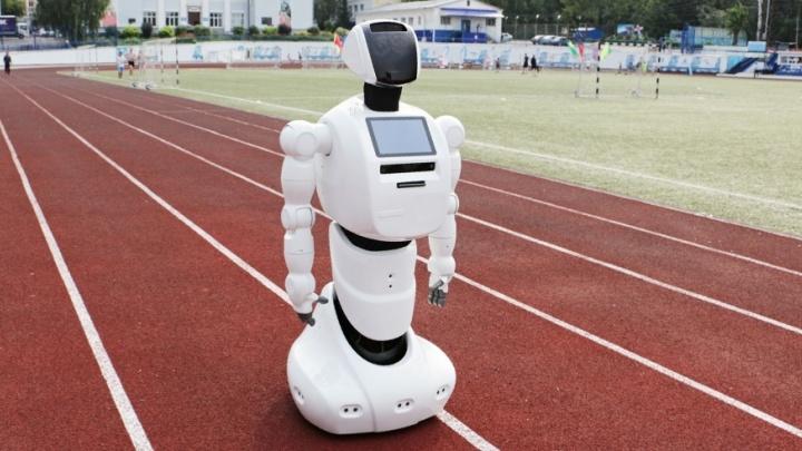 Правда или фейк? Пять вопросов к создателям Промобота о столкновении робота с Tesla в Лас-Вегасе
