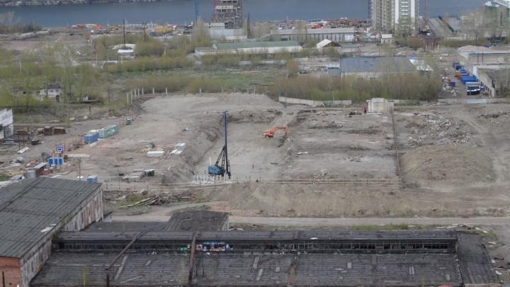 «Культбытстрой» отказался от строительства двух домов у 4-го моста и переуступил землю