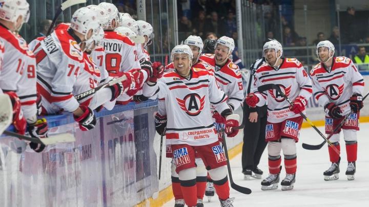 «Автомобилист» разгромил нижегородский «Торпедо» и вернул себе лидерство в КХЛ