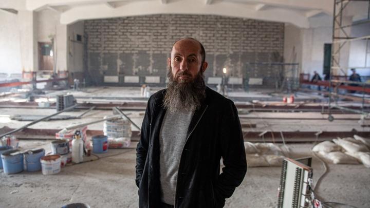 «Может, заработаем миллиард»: Владимир Кехман — о глобальных переменах в НОВАТе и миграции артистов