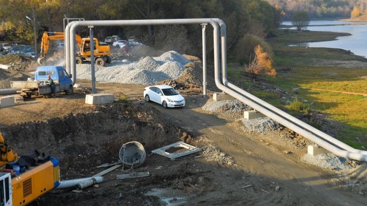 Закрытый Макаровский мост не страшен: пробуем новую трассу на дне городского пруда