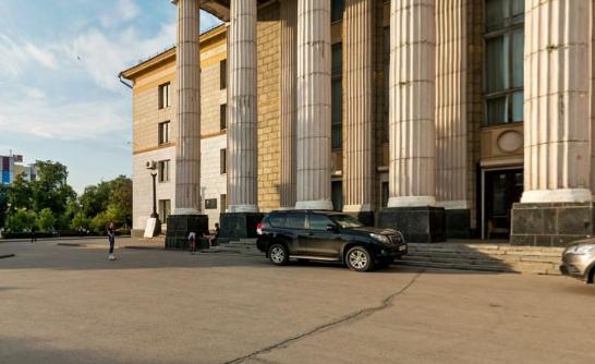 В мэрии прокомментировали смертельный инцидент на площади Кирова