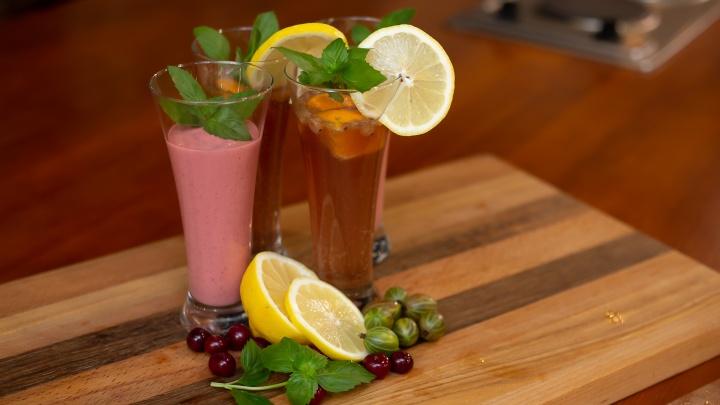 «Кровь дьявола» и полезный смузи: рассказываем, как приготовить модные напитки из садовых ягод