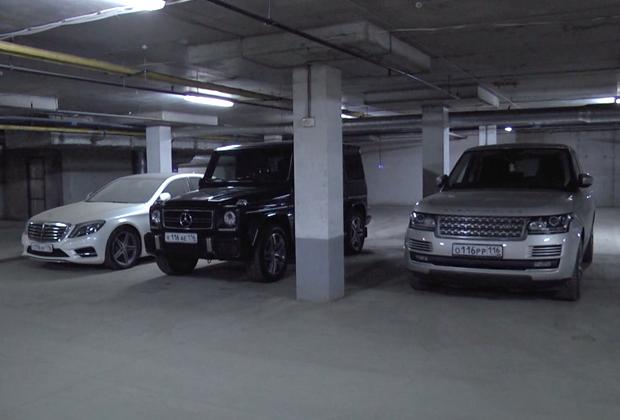 ...крутые машины...