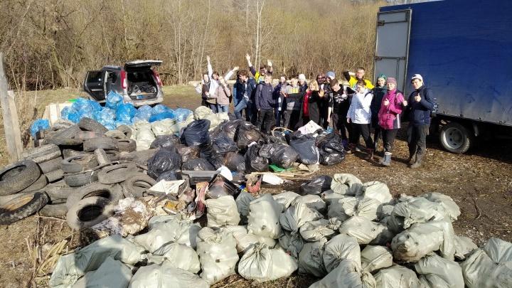 Покрышки, пластик, стекло: пермяки собрали две тонны мусора во время экологического квеста