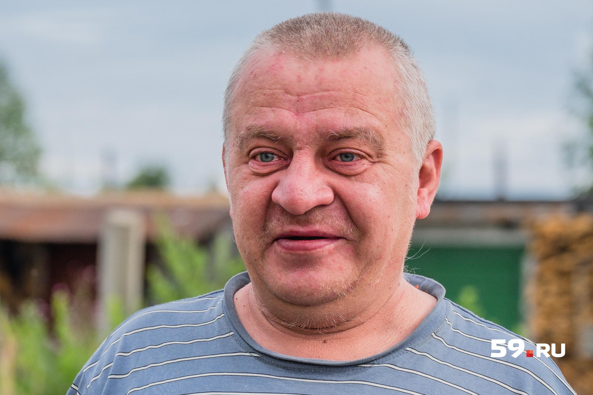Бывший милиционер Сергей вернулся на свою малую родину