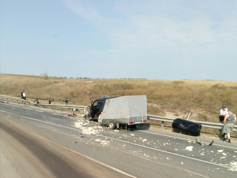 В аварии пострадали еще два автомобиля