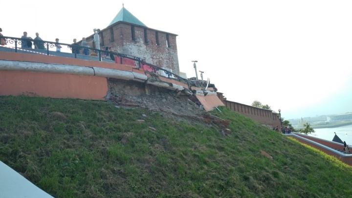 Требуется полная замена конструкций: названа причина обрушения Чкаловской лестницы