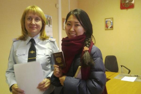 Владелица паспорта и неравнодушный инспектор, который спасла свадьбу