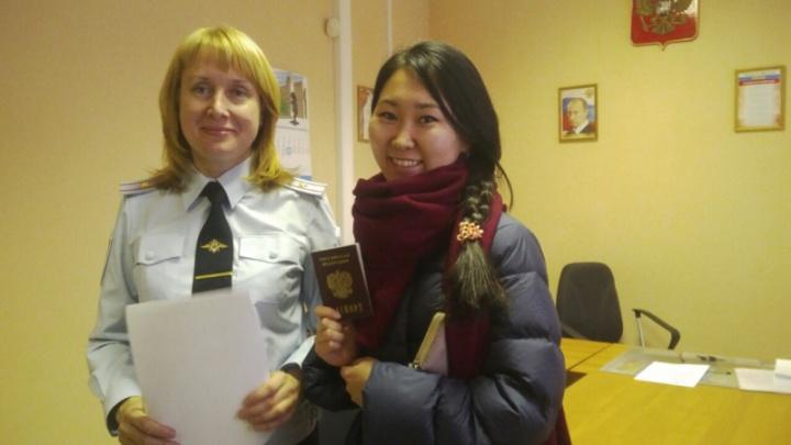 Девушка за неделю до свадьбы потеряла паспорт, но её спасли полицейские