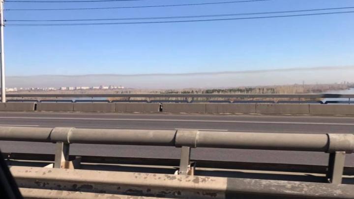Белая дымка висит над городом: датчики общественников зашкаливают, а режима «черного неба» нет