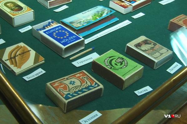 Коллекция включает в себя спички из самых разных стран мира