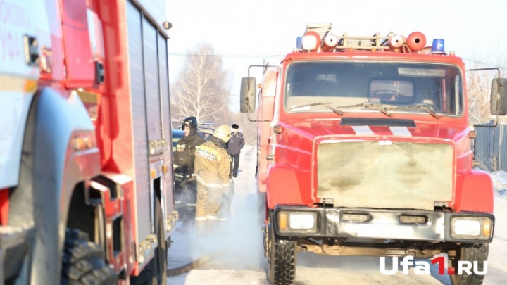 В Башкирии при пожаре в своем доме погибла женщина