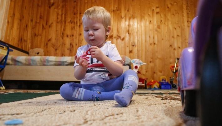 Смертельно больному ребенку из Уфы нашли донора во Франции, но у его семьи нет денег на лечение