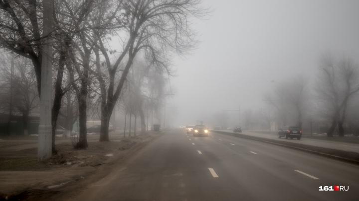На дороге из Егорлыкской в Плоскую столкнулись ВАЗ и КАМАЗ. Есть погибший