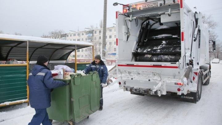 На 10 лет: в Волгограде мусорный концессионер арендует за 281 млн рублей девять мусоровозов