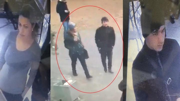 Забрали сумку с деньгами и паспортом: в центре Волгограда молодая пара обокрала пенсионерку