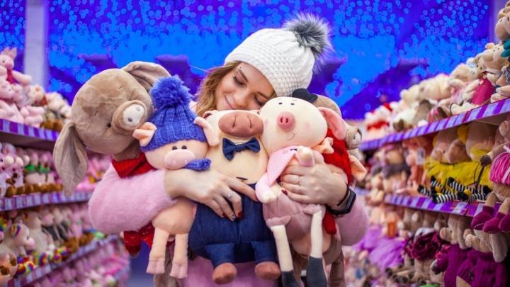 В гипермаркете «Сима-ленд» уже подготовились к Новому году