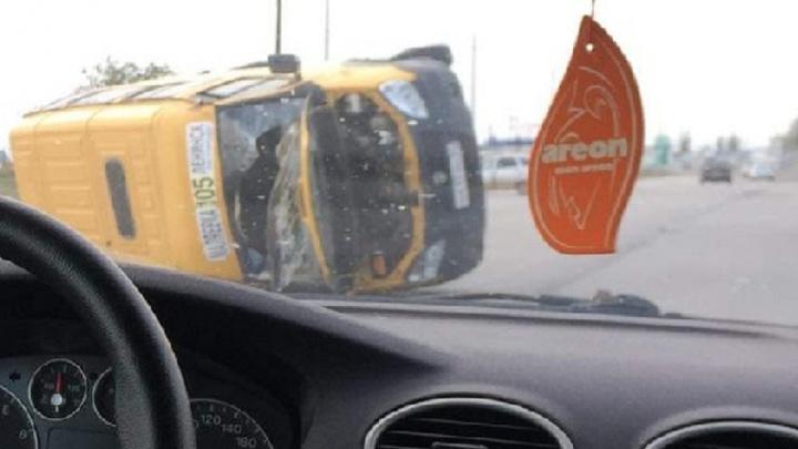 Под Волгоградом в аварии с маршруткой есть пострадавшие