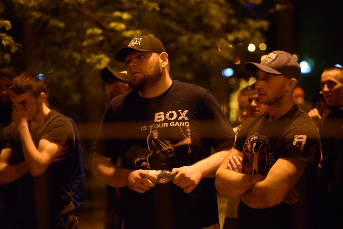По словам Штыркова, в тот день в сквере было не больше десяти человек из числа бойцов Академииединоборств РМК