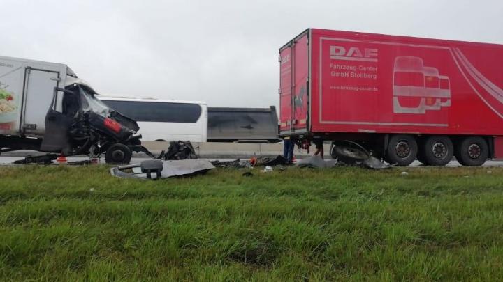 Водитель «Газели» погиб в столкновении с грузовиком на Северном обходе