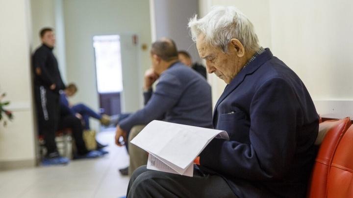 Незаконная пенсия депутата и кража накоплений умерших: в Волгоградской области наживаются на льготах