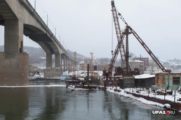 Строительство нового моста в Уфе началось с нарушений