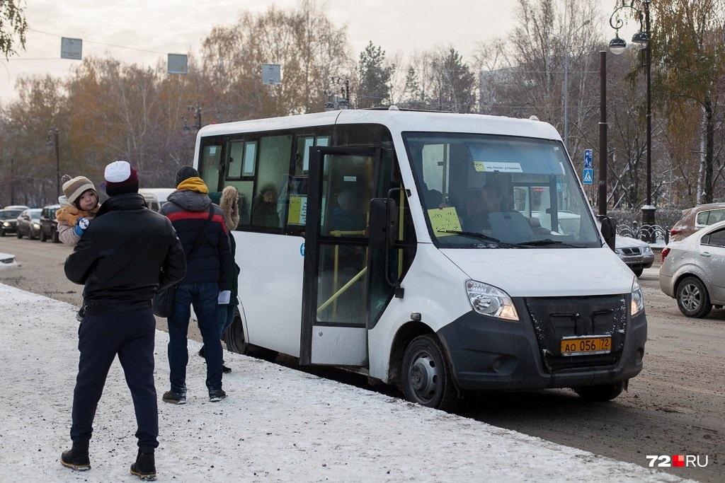 На 57-м маршруте курсируют автобусы малой вместимости