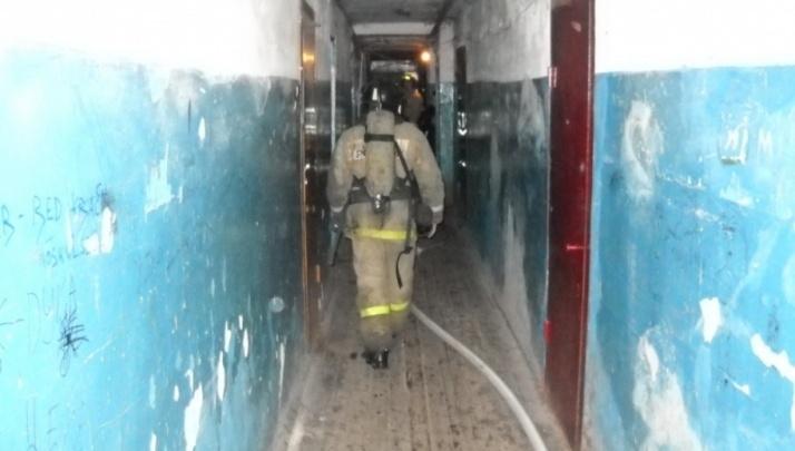 В Кургане из-за пожара в девятиэтажном доме эвакуировали 103 человека