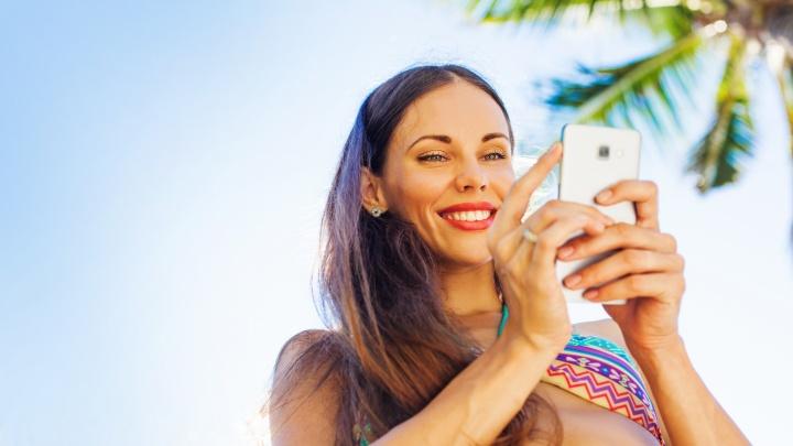 В отпуск за рубеж: как не разориться на интернете и мобильной связи
