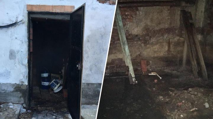 Тюменская Госжилинспекция не нашла проблем в затопленном подвале жилого дома на Хохрякова