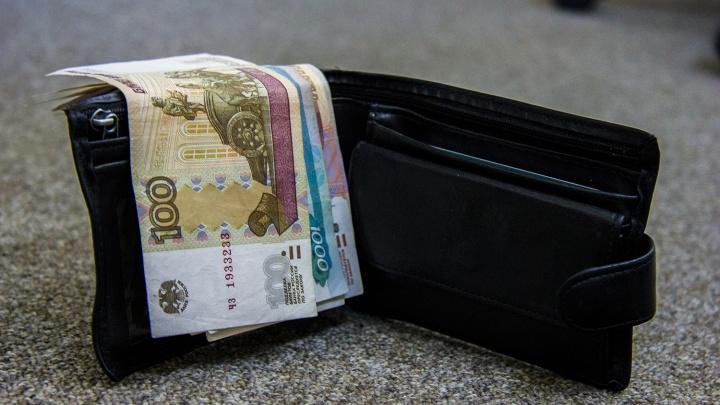 Бизнесмены задолжали новосибирцам 100 миллионов рублей