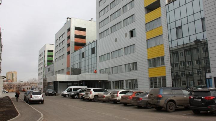 В новом корпусе краевой больницы закончили отделочные работы
